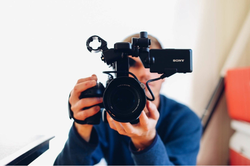 8 Tips for Creating Videos to Market Your Services